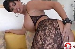 MILF Magnet HD Porn.  xxx porn