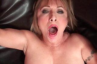 Hot grandma Luna Azul loves cum on her face.  xxx porn