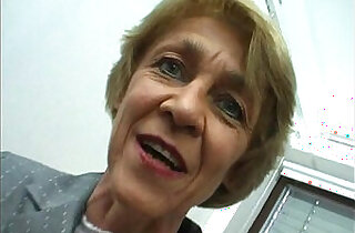 Oma macht gern Sextreffen German Granny likes livedates.  xxx porn