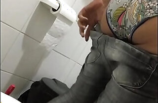 Hidden cam voyeur wc toilet piss nice ass.  voyeurism  ,  web cams   xxx porn