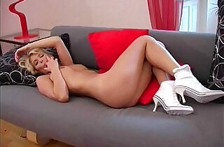 Gina Blonde Solo Babe.  xxx porn