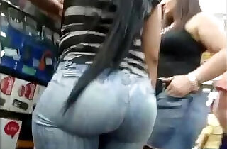 Perfect Bubble Booty Latina Brunette in the Right Jeans Soft Bubble Culona Mami.  softcore  ,  spycam  ,  web cams   xxx porn