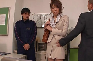 Teacher getting her pussy lessons demonstrated to the fellas.  xxx porn