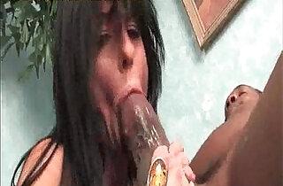 Moms Taking a Huge black hard long Cock.  xxx porn