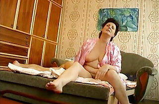 Russian mature mom with her young boy hiddencam.  xxx porn